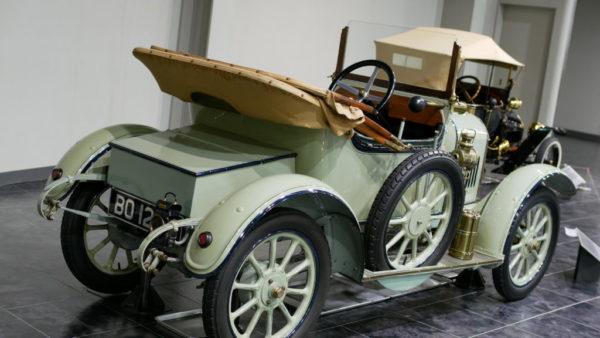 モーリス オックスフォード(Morris Oxford)【トヨタ博物館 TOYOTA AUTOMOBILE MUSEUM】【ウェブマガジン「GOKUI」車両図鑑 https://gokui.biz/ 】【岐阜県美濃市Milestone Vehicle https://milestone-vehicle.com/ 】
