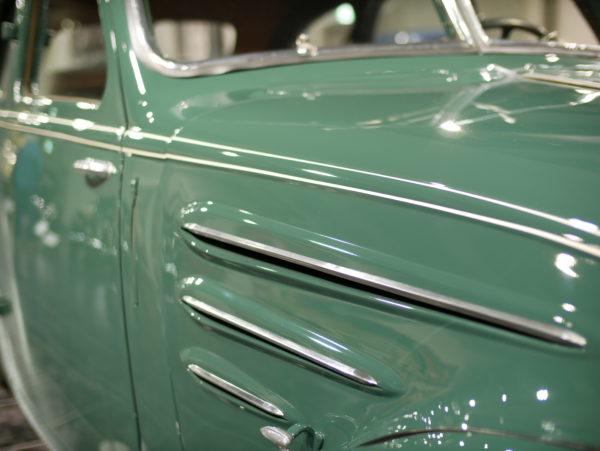 Peugeot・402(プジョー)【トヨタ博物館 TOYOTA AUTOMOBILE MUSEUM】【ウェブマガジン「GOKUI」車両図鑑 https://gokui.biz/ 】【岐阜県美濃市Milestone Vehicle https://milestone-vehicle.com/ 】