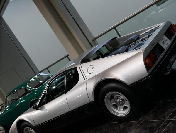 """シトロエンが初めて販売した自動車は「TypeA」ですが、それに続くモデルがこの「5CV TypeC3」です。  その人気の高さゆえ故に、「5CVシトロン」「5CVレモン」「タイプC」「5HP」「プチレモン」等、多くのニックネームが付けられました。  The first car sold by Citroen is the """"TypeA"""", but the model that follows is the """"5CV TypeC3"""".  Because of its popularity, many nicknames such as """"5CV Citron"""", """"5CV Lemon"""", """"Type C"""", """"5HP"""" and """"Petit Lemon"""" were given."""
